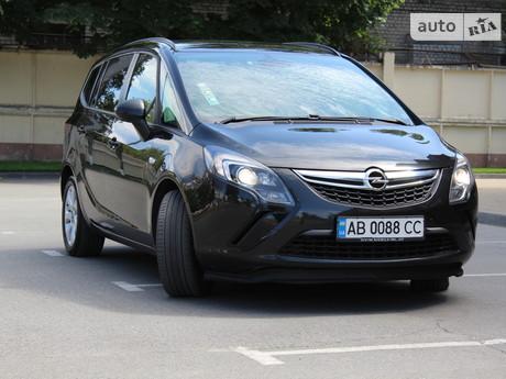Opel Zafira 2014