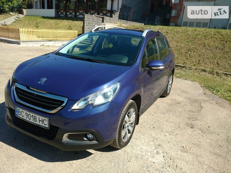 Peugeot 2008 1.2 АТ (82 л.с.) 2014