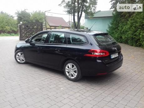 Peugeot 308 1.6 HDi МТ (92 л.с.) 2015