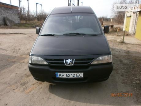 Peugeot Expert пасс. 2.0 HDi MT (120 л.с.) 2002