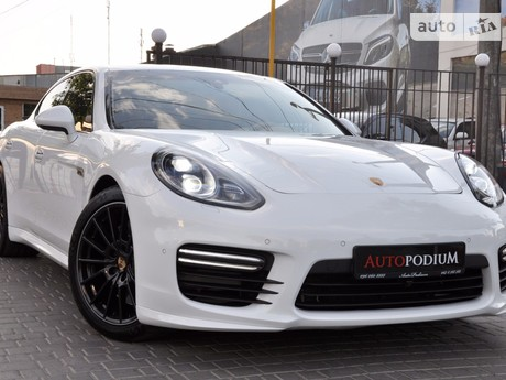 Porsche Panamera 4.8 Turbo AT (520 л.с.) 2014