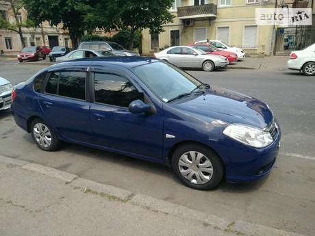 Renault Clio Symbol 2011