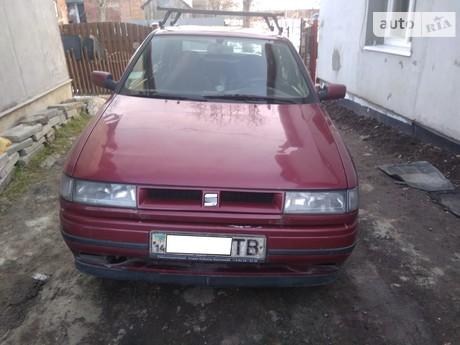 SEAT Toledo 1.6D MT (105 л.с.) 1992