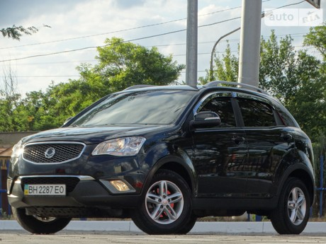 SsangYong Korando 2.0D AT (175 л.с.) 2012