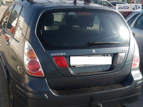 Suzuki Liana 2004