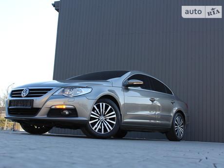 Volkswagen Passat CC 2011