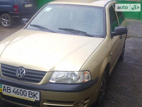 Volkswagen Pointer 2004