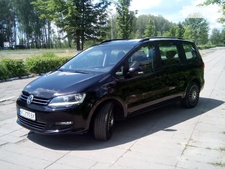 Volkswagen Sharan 2.0TD DSG (140 л.с.) 2010