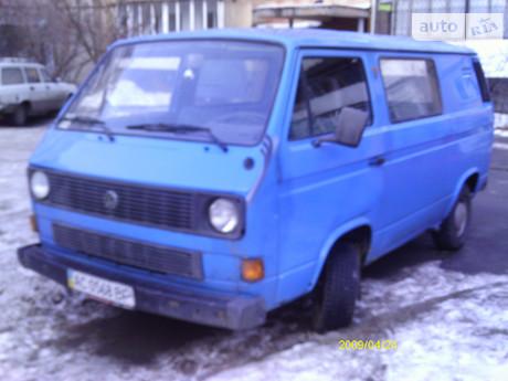 Volkswagen T2 (Transporter) пасс. 1990