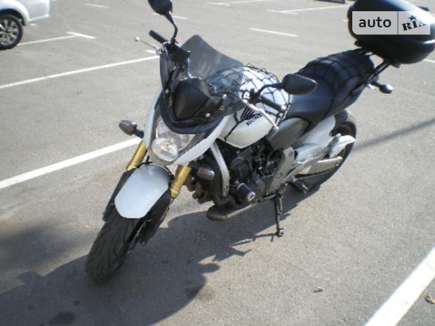 Honda CB 650F Hornet