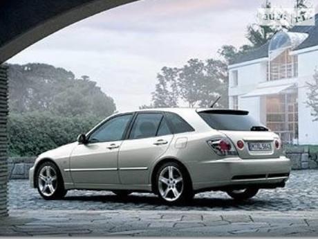 Lexus IS 200 2003
