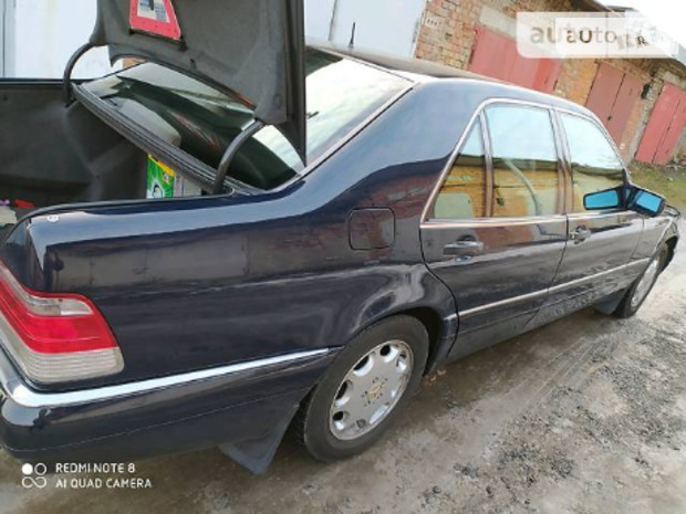 Mercedes-Benz S 140