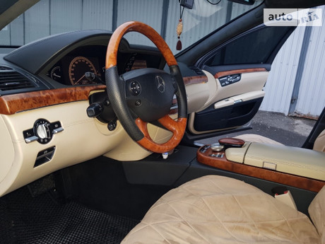 Mercedes-Benz S 500 2006