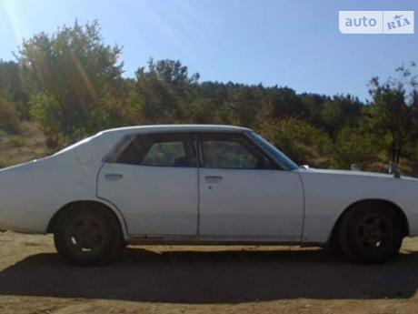 Nissan Laurel 1977