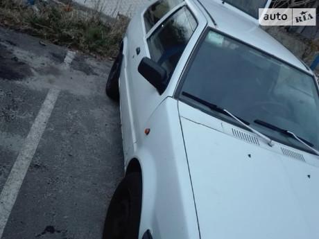 Nissan Micra Hatchback (3d) 1988