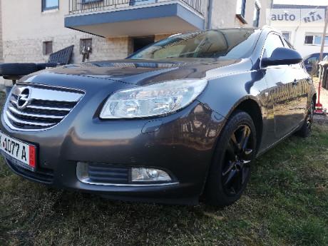 Opel Insignia Sports Tourer 2011