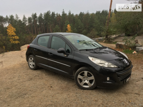 Peugeot 207 Hatchback (5d) 2011