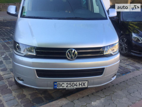 Volkswagen Caravelle 2013