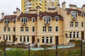 Таунхаус по вул. Жамбіла Жабаева