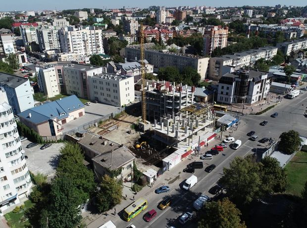 ЖК Централ Хол хід будівництва фото 191601