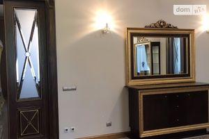 Сниму недвижимость на Банковой Киев помесячно