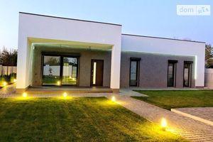 Продается одноэтажный дом 200 кв. м с баней/сауной