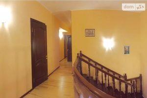 Продається 5-кімнатна квартира 203.5 кв. м у Чернігові
