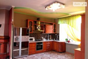 Продается дом на 2 этажа 150 кв. м с гаражом