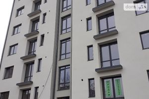 Продается 3-комнатная квартира 82 кв. м в Ивано-Франковске