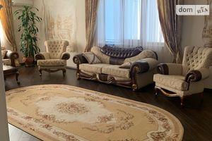 Продается одноэтажный дом 350 кв. м с мансардой