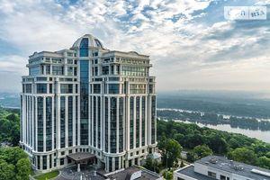 Продается 3-комнатная квартира 211.7 кв. м в Киеве