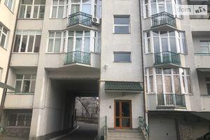 Продається 3-кімнатна квартира 141 кв. м у Львові