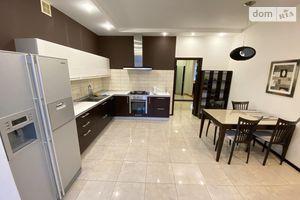 Сдается в аренду 3-комнатная квартира 140 кв. м в Николаеве