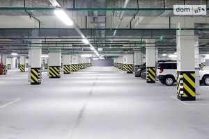 Продается подземный паркинг под легковое авто на 10 кв. м