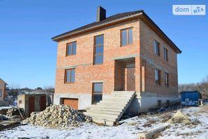 Продается дом на 3 этажа 295 кв. м с верандой