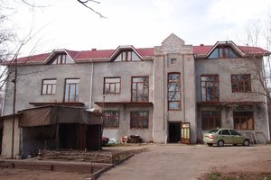 Продается помещения свободного назначения 750 кв. м в 3-этажном здании