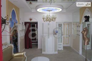 Продається об'єкт сфери послуг 31 кв. м в 6-поверховій будівлі