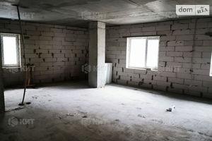 Продается офис 33 кв. м в нежилом помещении в жилом доме