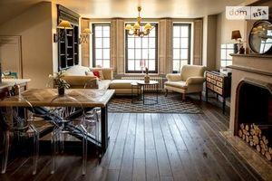 Продається 2-кімнатна квартира 106 кв. м у Чернівцях