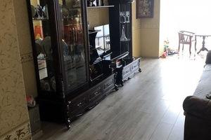Продается 2-комнатная квартира 78 кв. м в Черкассах
