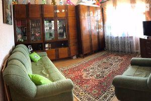 Продается 3-комнатная квартира 68 кв. м в Черновцах