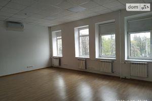 Сдается в аренду офис 107.9 кв. м в торгово-офисном центре