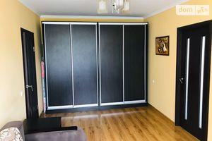 Продается 3-комнатная квартира 62 кв. м в Ровно
