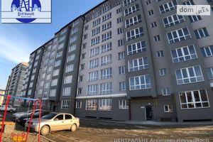 Продається 1-кімнатна квартира 45.25 кв. м у Чернівцях