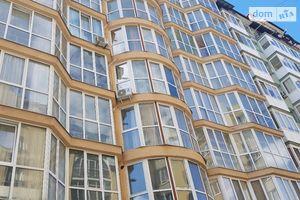 Продается 3-комнатная квартира 118 кв. м в Ивано-Франковске