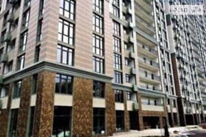 Продается 5-комнатная квартира 200 кв. м в Киеве