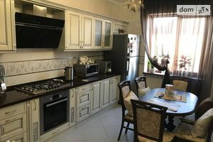 Сдается в аренду 3-комнатная квартира 83 кв. м в Тернополе