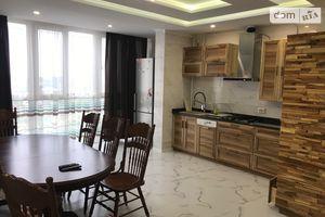 Сдается в аренду 2-комнатная квартира 104 кв. м в Житомире