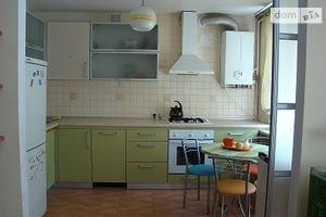 Сдается в аренду 2-комнатная квартира 52 кв. м в Луцке