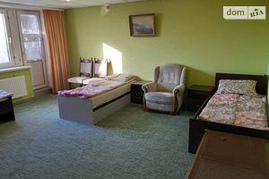 Сдается в аренду 3-комнатная квартира 145 кв. м в Ровно